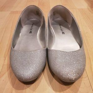 American Eagle Glitter Sparkle Ballet Flat